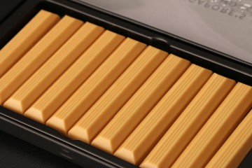 Caramelised White Chocolate Batons